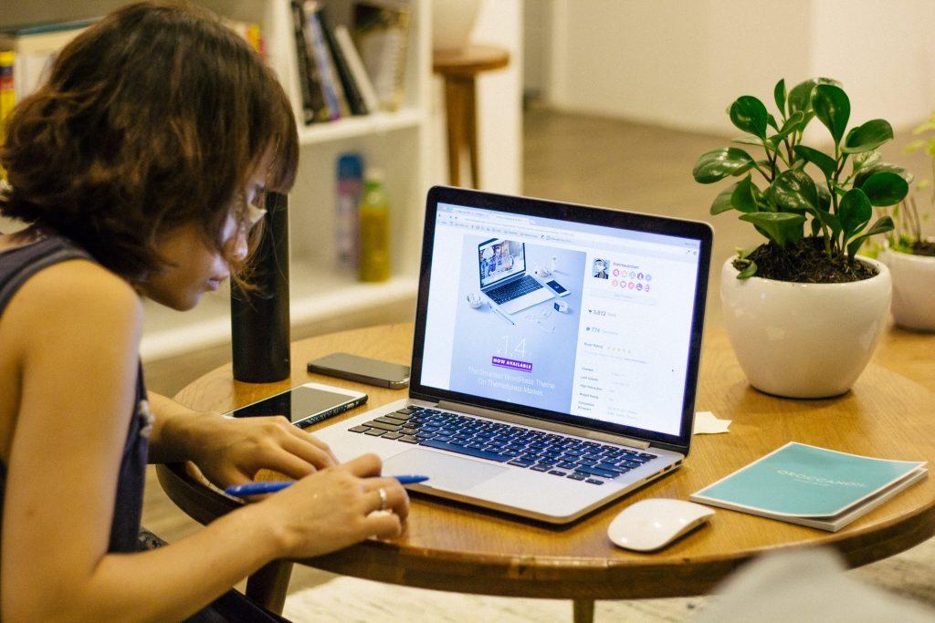 E-Learning, Weiterbildung, Fortbildung, Mitarbeiterschulung, Kosten, Büromanagement
